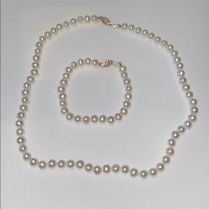 Real pearl set